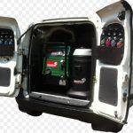 mobile car detailer